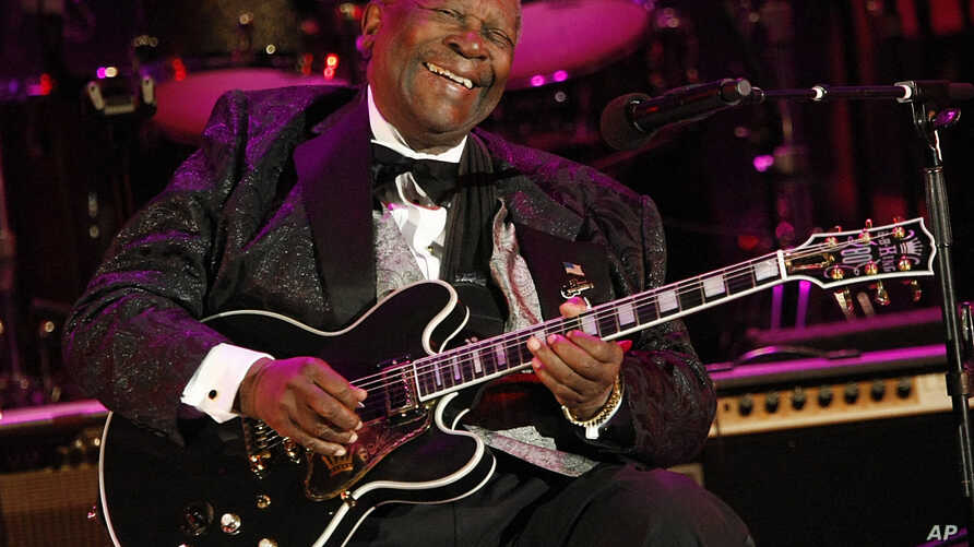 FILE - In this June 20, 2008 file photo, musician B.B. King performs at the opening night of the 87th season of the Hollywood Bowl in Los Angeles.  Julien's Auctions announced Tuesday, July 23, 2019,  that King's black Gibson ES-345 prototype guitar…