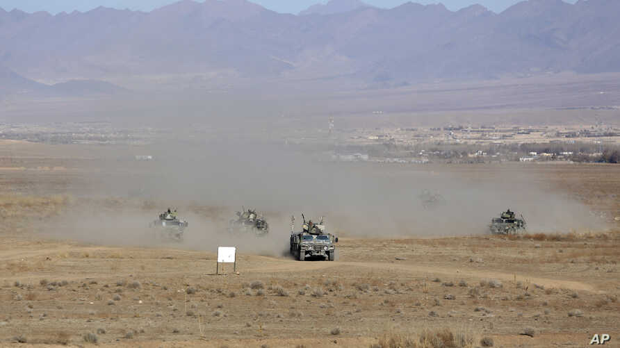 Afghan police special forces demonstrate their skills