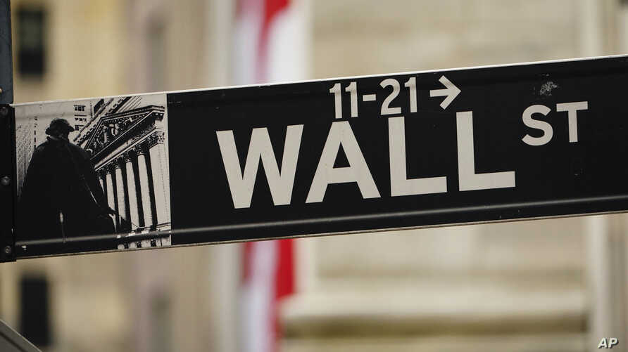 Photo by: John Nacion/STAR MAX/IPx 2020 5/27/20 A view of street sign in front of New York Stock Exchange during the…