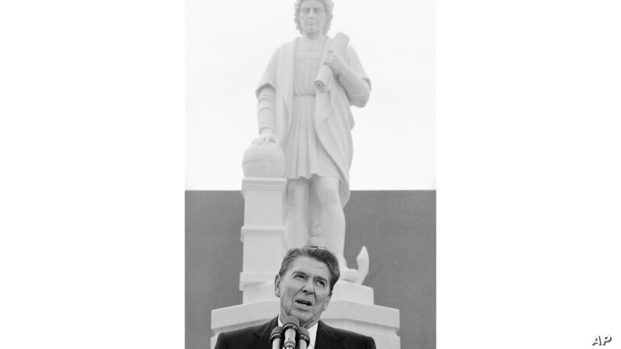 FILE - In this Monday, Oct. 9, 1984, file photo, President Ronald Reagan addresses a ceremony in Baltimore, to unveil a statue…