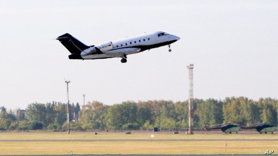 A German special medical plane takes off with Russian opposition leader Alexei Navalny on the board from an airport in Omsk,…