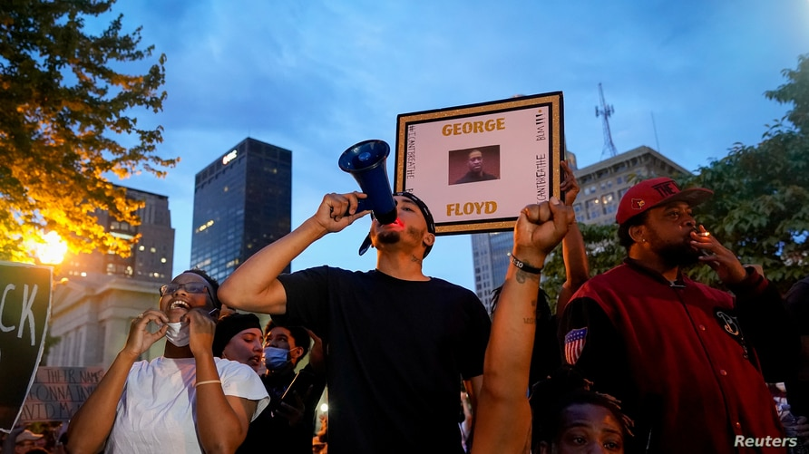 Protests in Louisville following the death of Breonna Taylor
