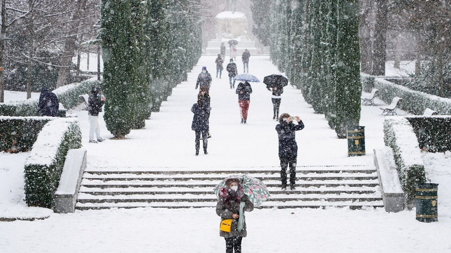 Heavy snowfall in Madrid