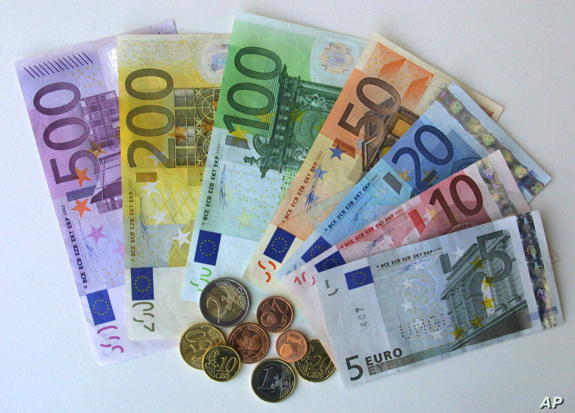 EU Commission Predicts Euro Will Get Even Stronger