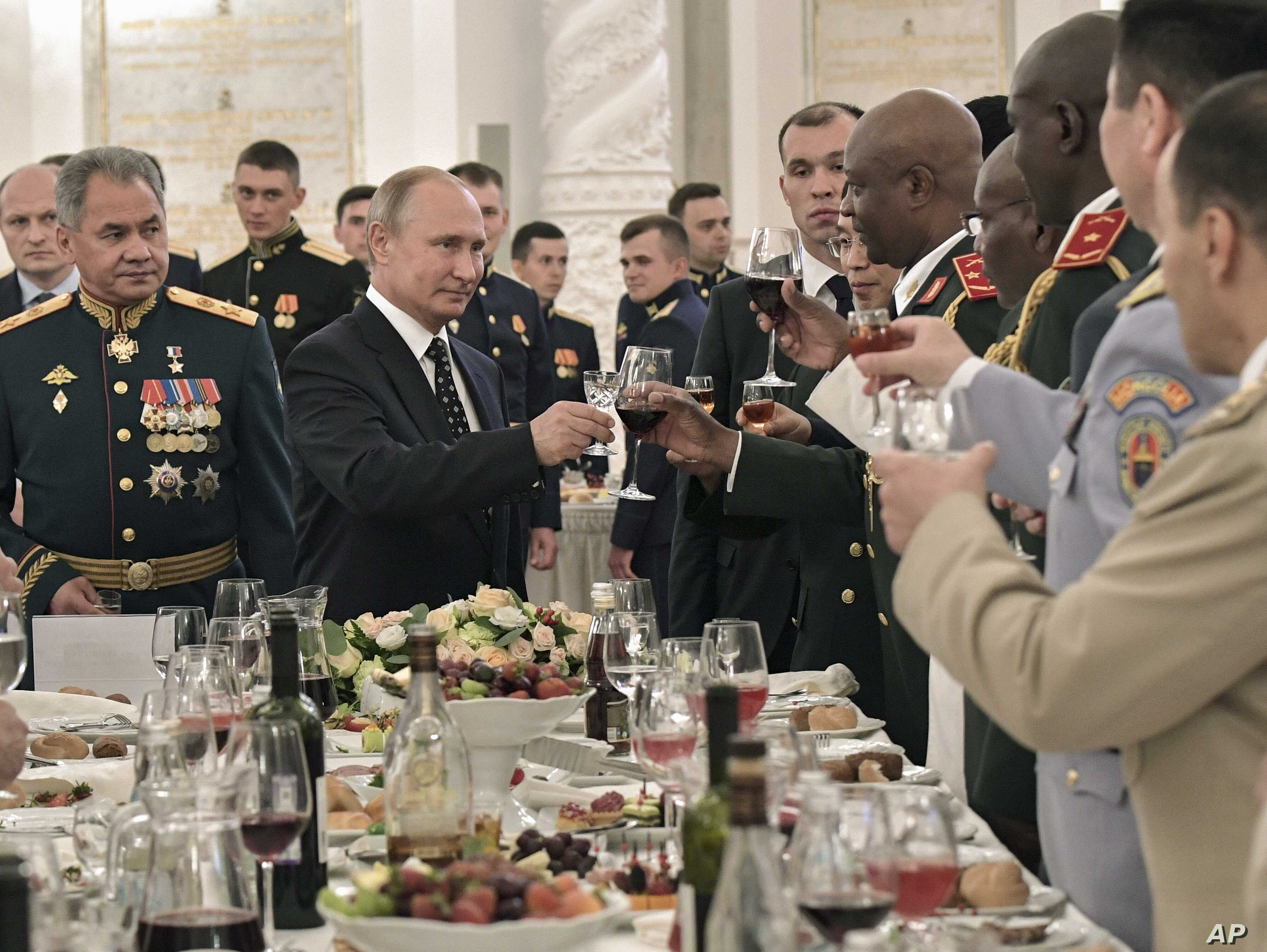 Putin New Russian Weapons Decades Ahead Of Foreign Rivals Voice Of America English