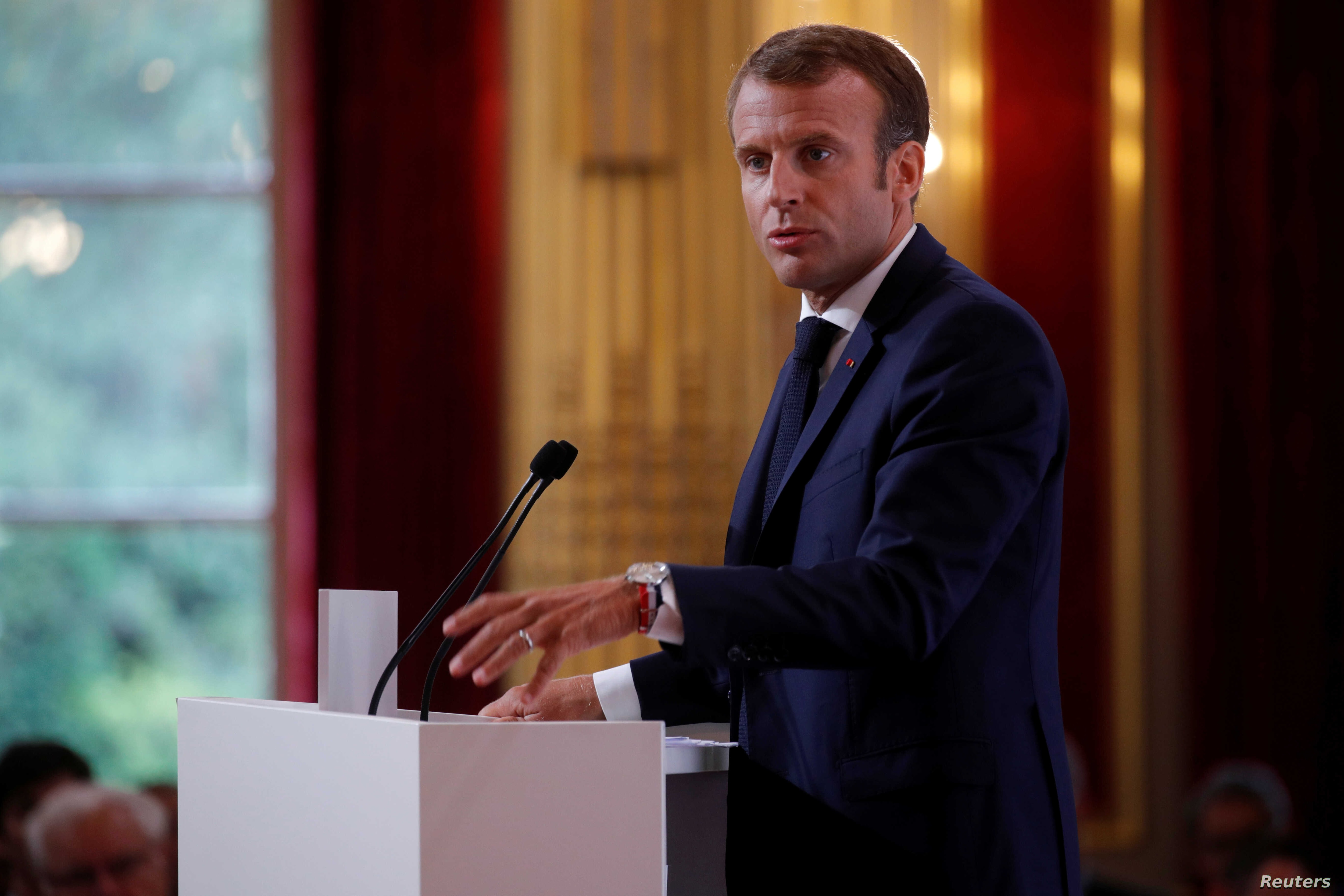 France S Macron Encounters Obstacle Course At Home Voice Of America English