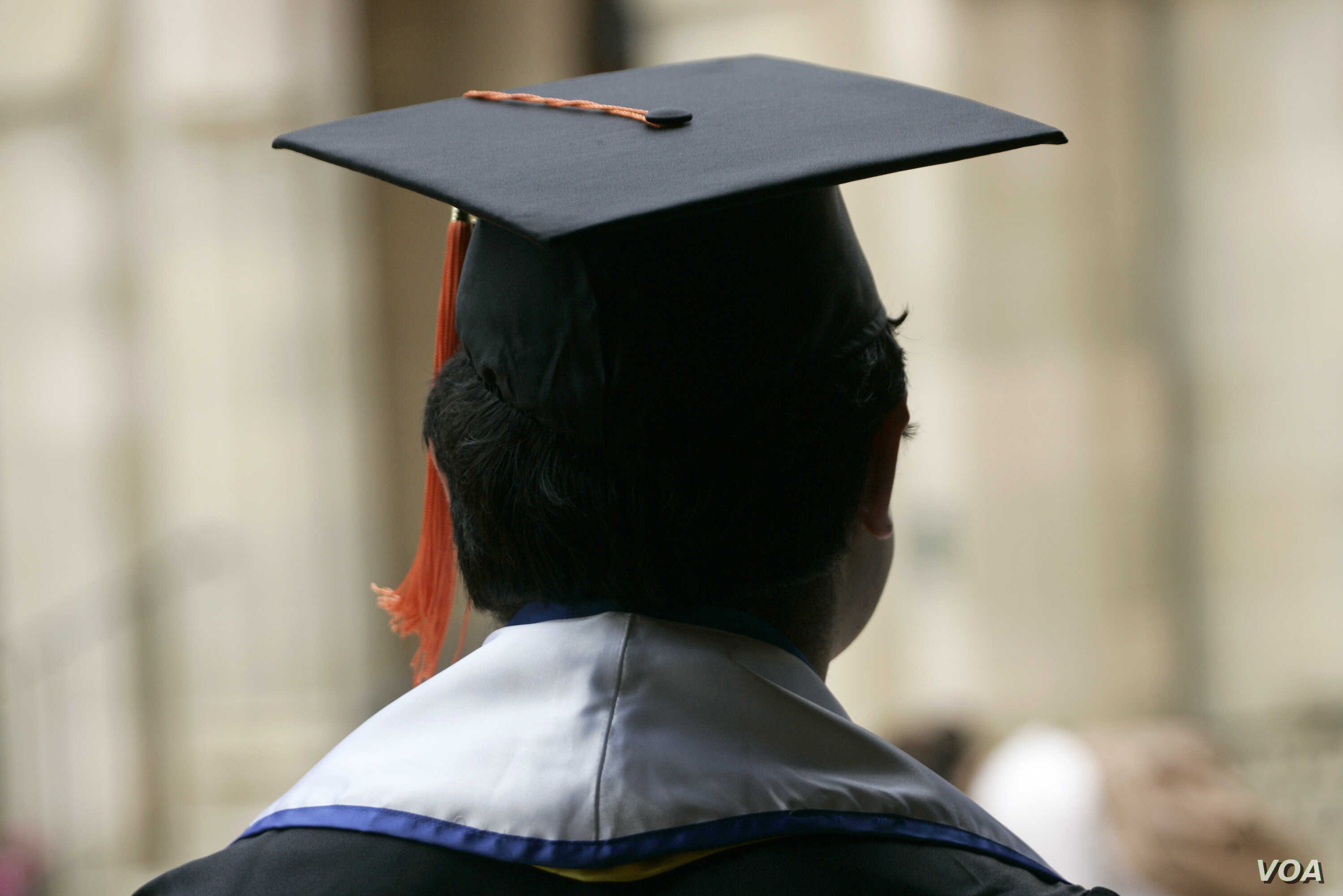 Transferring Schools Can Be Trouble For International Students | Voice of  America - English