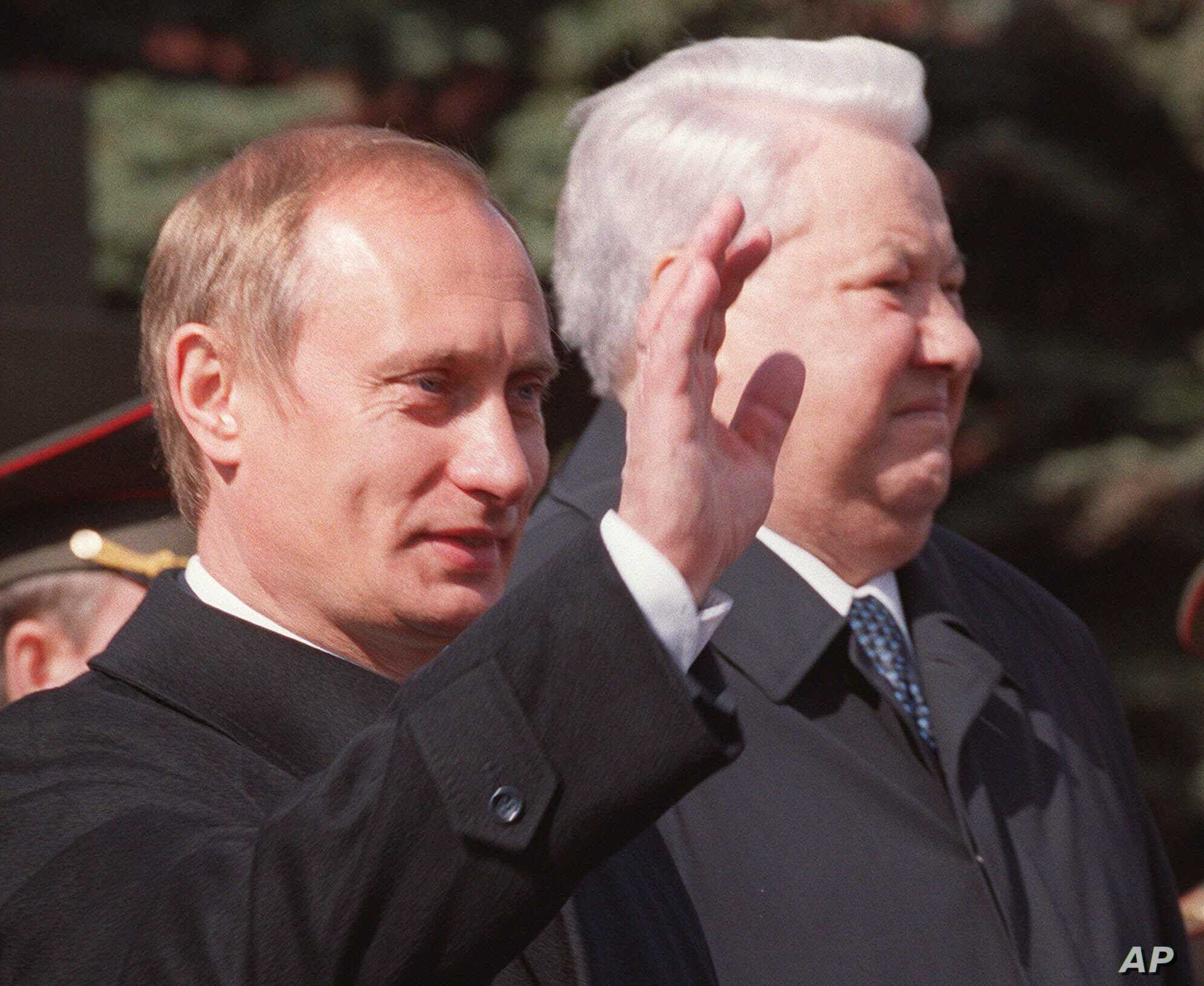 2 Decades On Questions Linger About Putin S Rise To Power Voice Of America English