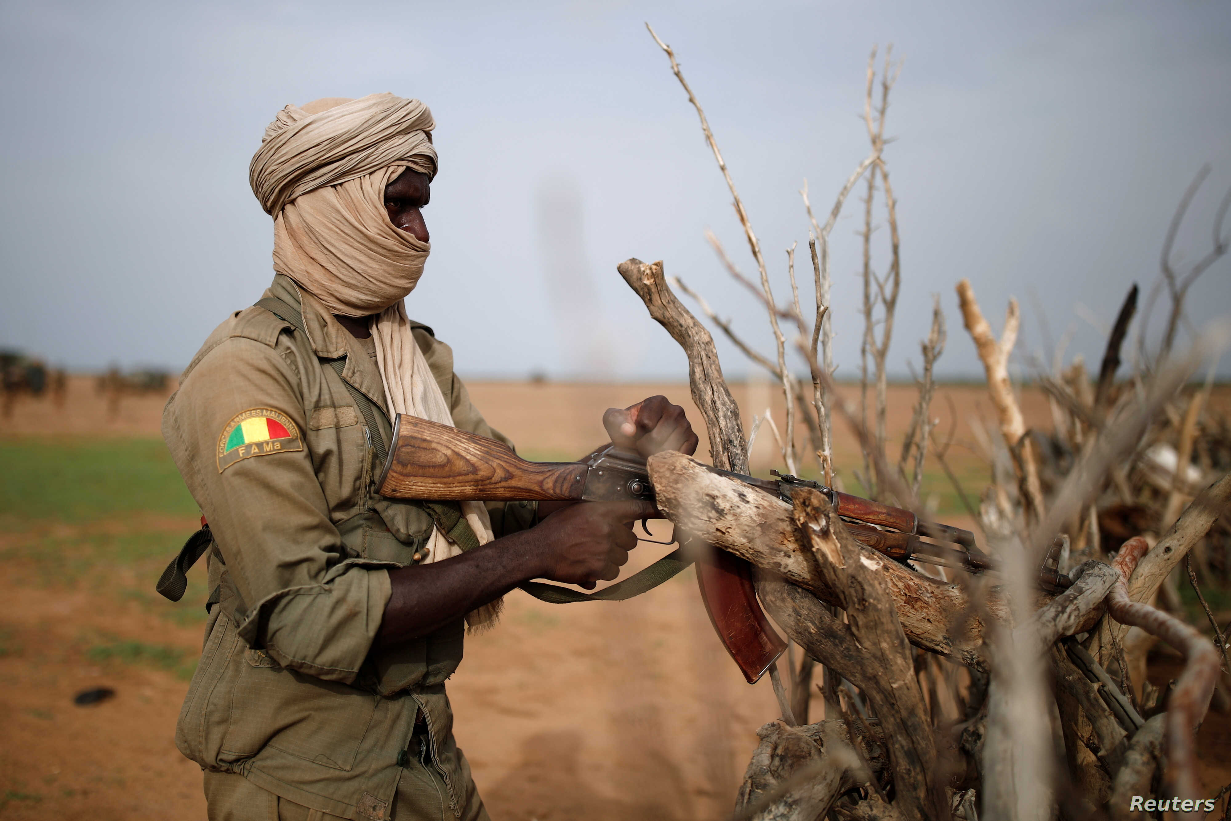 Mali 25 Soldiers Killed In Attacks By Suspected Jihadists Voice Of America English