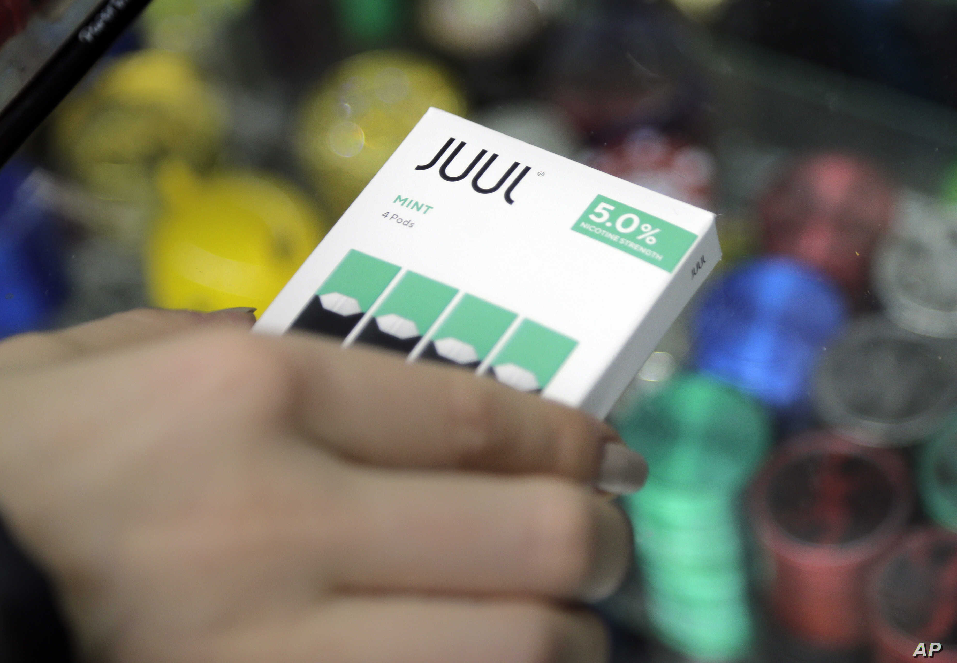 Juul Halts Sales of Mint, Its Top-Selling E-Cigarette Flavor | Voice of  America - English