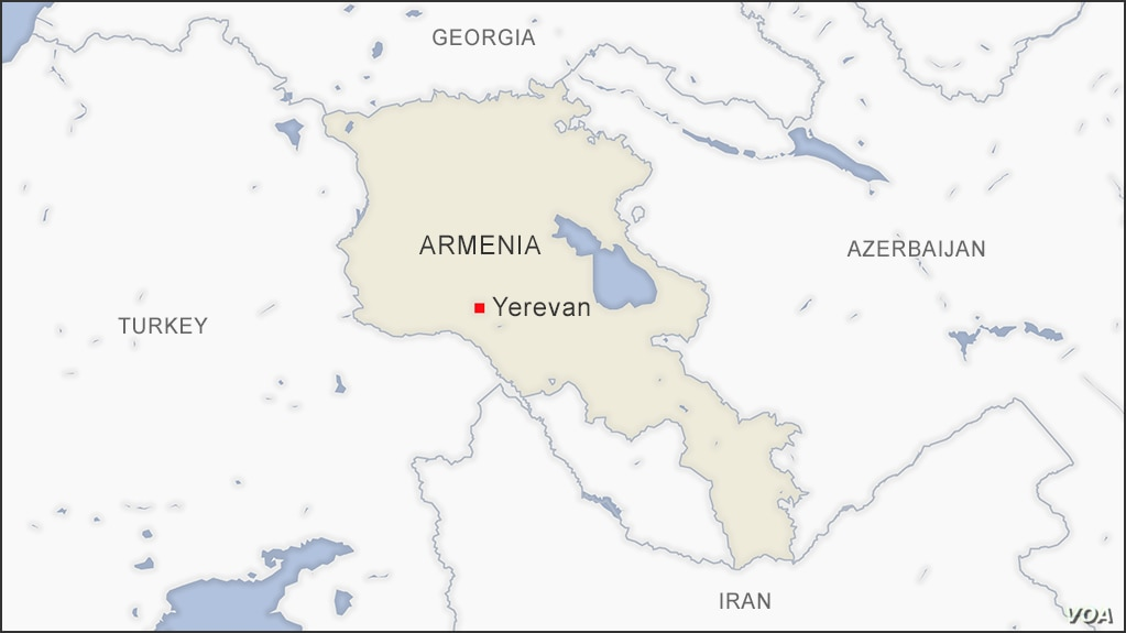 Armenia Azerbaijan Exchange Accusations Over Heavy Fighting In Nagorno Karabakh Voice Of America English