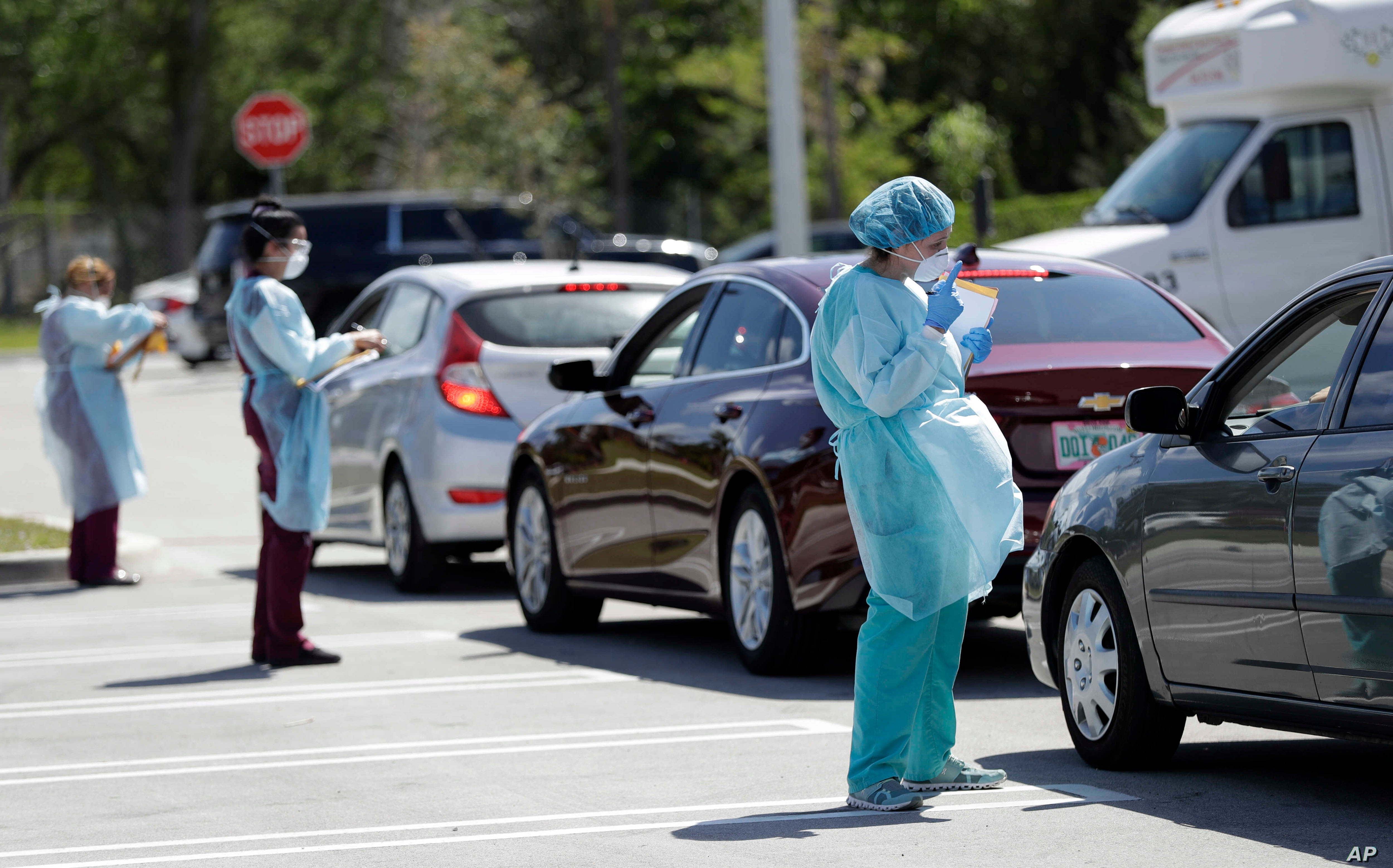 Chaos Inconsistency Mark Launch Of Drive Thru Virus Testing Voice Of America English