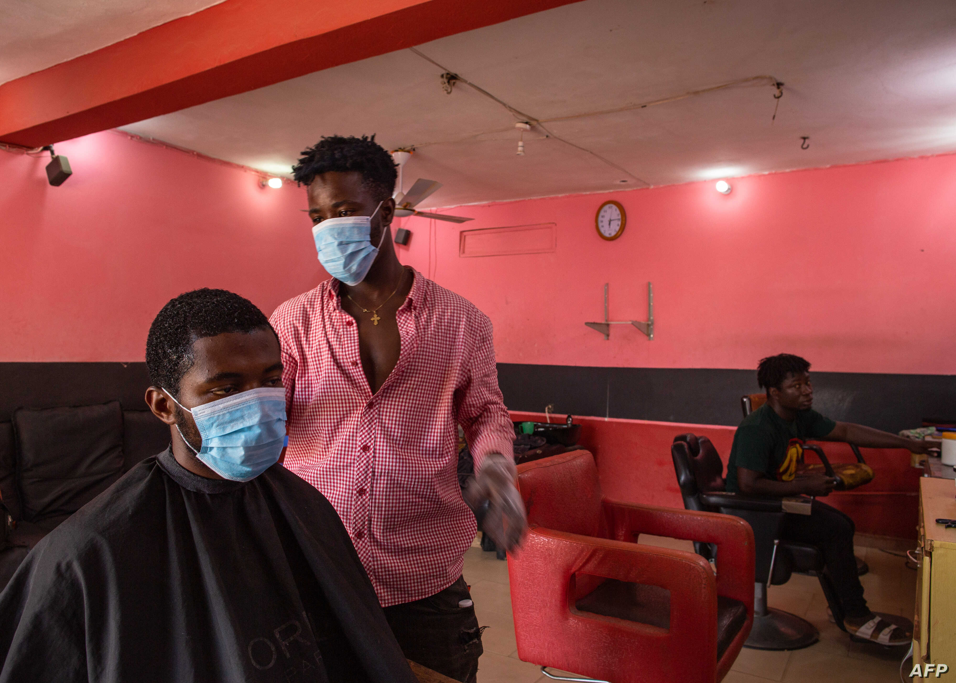 Salons, Barbers Reopen in Ghana's Capital After Partial Lockdown ...