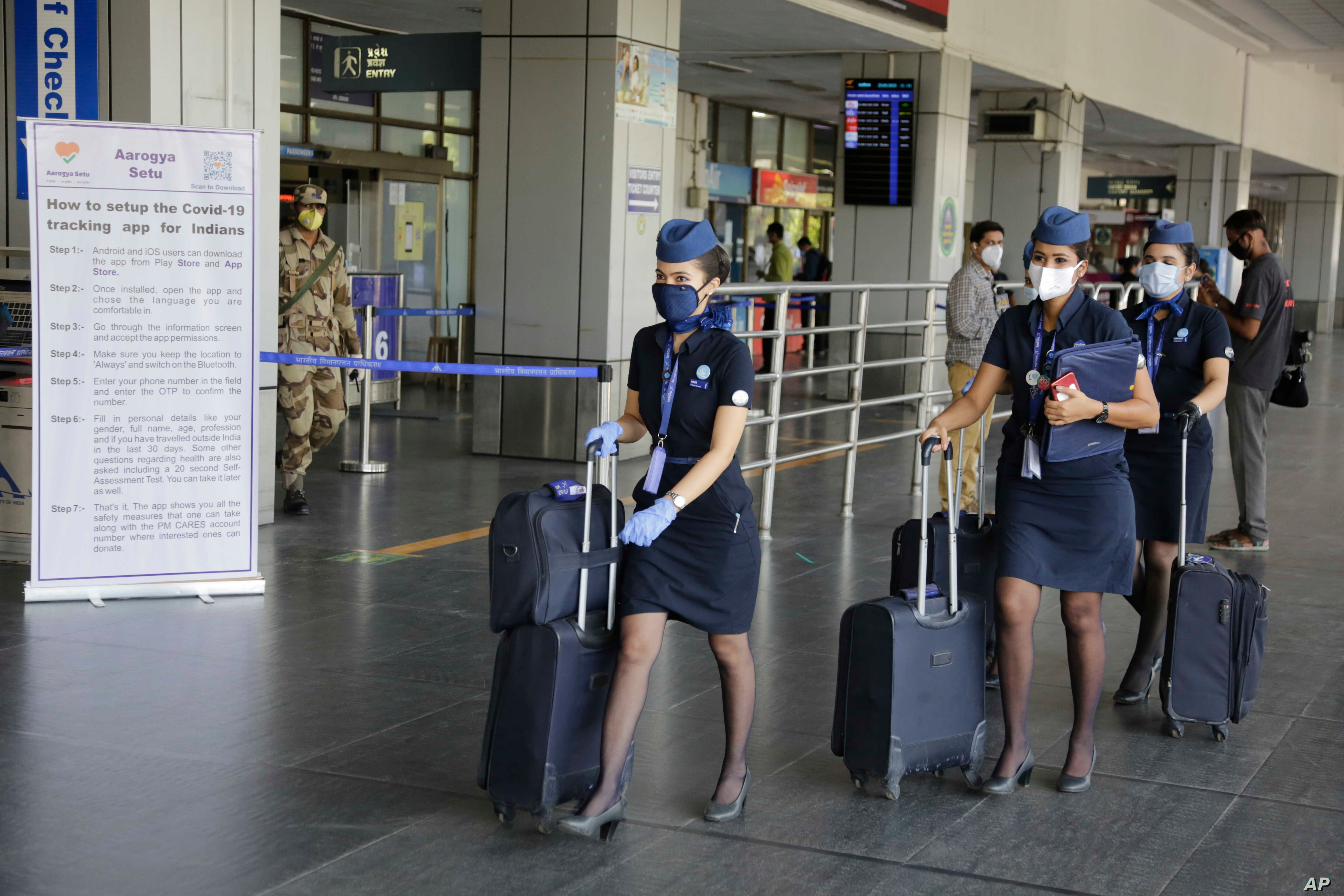 India Resumes Limited Domestic Flights Even As Covid Cases Surge Voice Of America English