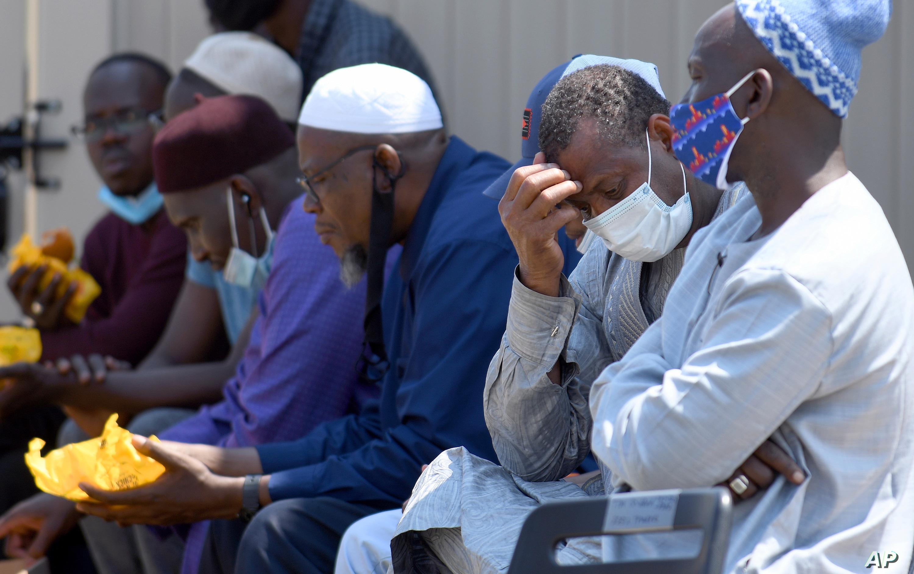 US Senegalese Community Mourns Denver Fire Victims in Suspected Arson Case  | Voice of America - English