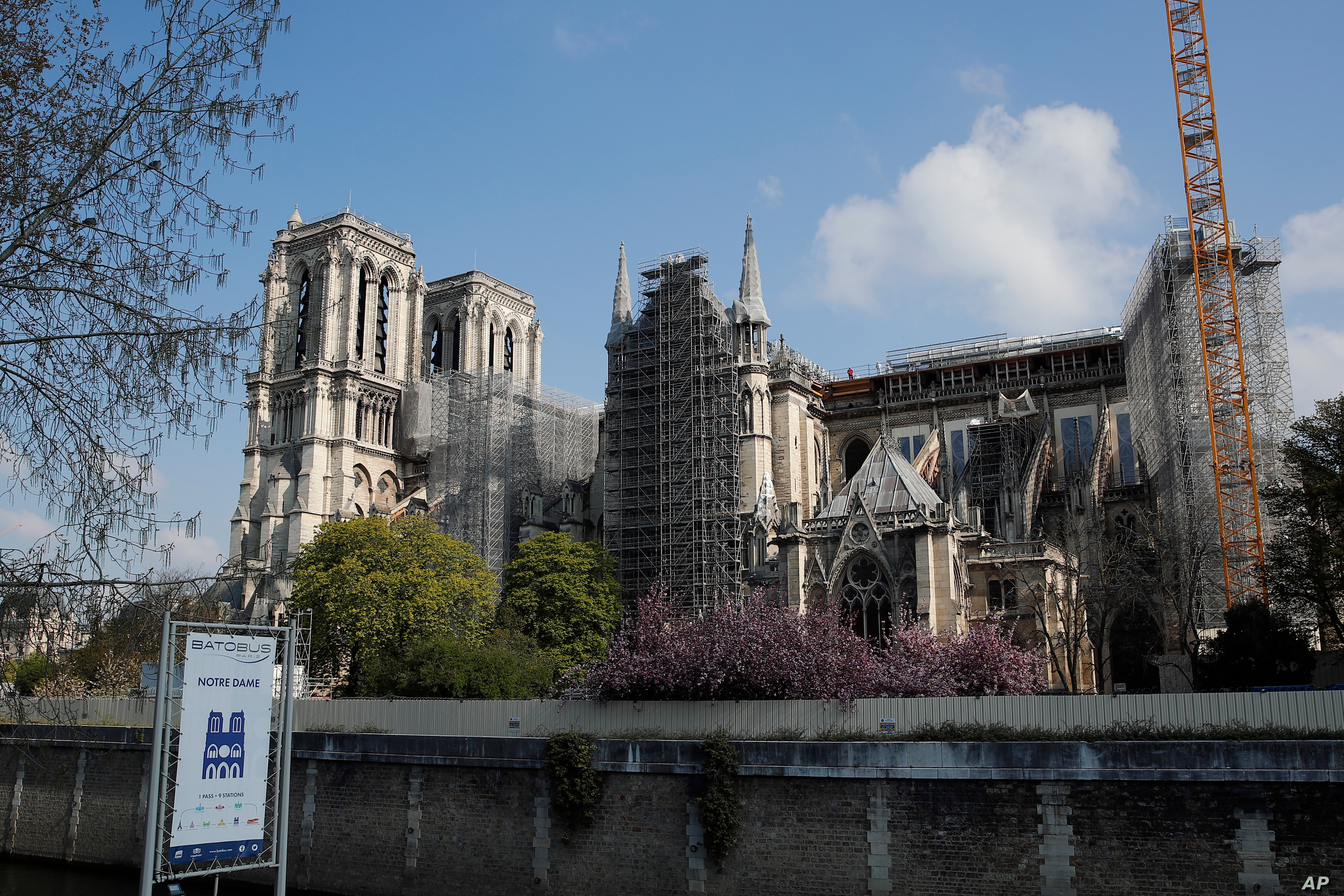 Notre Dame Paris Christmas Mass 2021 Notre Dame Cathedral Holding Up Two Years After Paris Fire Voice Of America English
