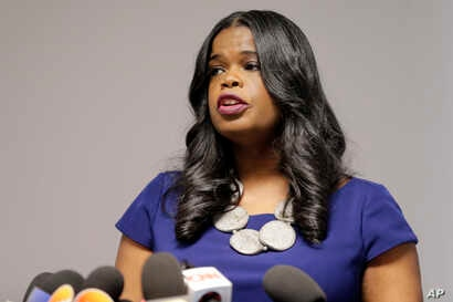 Cook County State's Attorney Kim Foxx speaks at a news conference, Feb. 22, 2019, in Chicago.