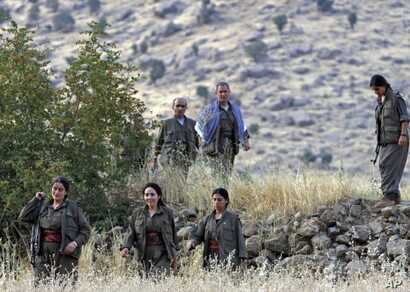 Members of the Kurdistan Workers' Party, or PKK, are seen in the Kandil mountain range, Iraq (File Photo - August 13, 2011)