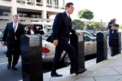 Paul Manafort arrives at federal court, June 15, 2018, in Washington.