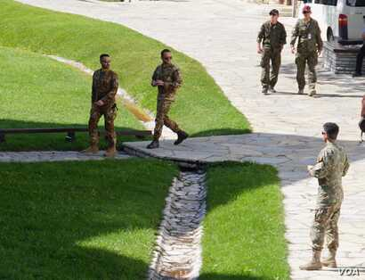 Visoki Dečani is protected by soldiers from the NATO-led international peacekeeping force, KFOR. It has been attacked several times since the end of the of the Kosovo War, the last time in 2007.