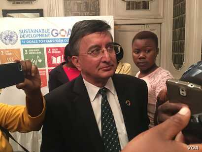 "Bishow Parajuli, the U.N. resident coordinator in Zimbabwe, has dismissed as ""totally false"" accusations of political interference in the 2018 elections in Zimbabwe, March 2017. (S. Mhofu/VOA)"