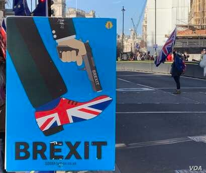 In Parliament Square there's no meeting of minds between dueling Brexiters and pro-EU Remainers on the eve of a series of important Brexit votes. Like most Brexit-debating Britons, the protesters shout past each other and don't attempt to seek co...