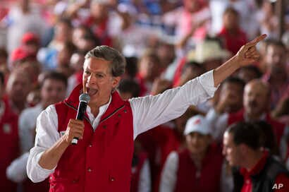 Alfredo Del Mazo, Mexico state gubernatorial candidate for the ruling Institutional Revolutionary Party, or PRI, speaks to supporters during a campaign closing rally in Ecatepec, Mexico state, May 31, 2017. With more than 11 million voters, the state...