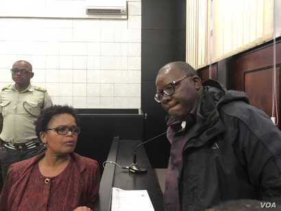 Attorney Beatrice Mtetwa of Zimbabwe Lawyers for Human Rights says she will challenge Tendai Biti's arrest in court on Friday.  Harare Magistrate Court, Harare, Aug. 9, 2018. (C. Mavhunga for VOA)