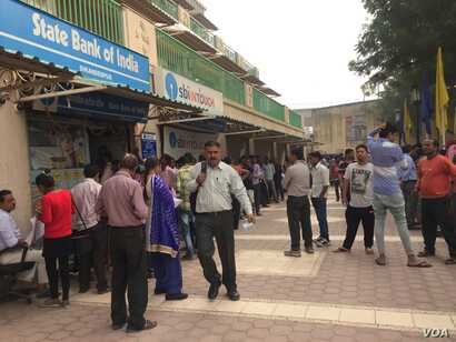 People in India had to scramble to get new currency for weeks, after last November's currency ban led to massive cash shortages.  (Photo: A. Pasricha)