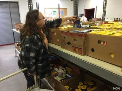 Grace Geltrude has relied on the York County Food Bank, welfare assistance and a local health insurance program when her paycheck and husband's Social Security check have fallen short. (A. Pande/VOA)
