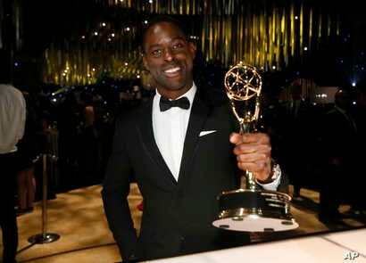 """Sterling K. Brown with the award for outstanding lead actor in a drama series for """"This Is Us"""" attends the Governors Ball for the 69th Primetime Emmy Awards at the Los Angeles Convention Center, Sept. 17, 2017"""