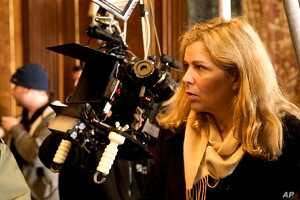 Director Lone Scherfig on the set of the movie