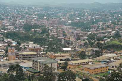 Picture of the city of Bamenda, the Anglophone capital of northwest Cameroon, June 16, 2017. The trial in Yaounde of three leaders of anglophone opposition in Cameroon, prosecuted with 24 other militants for 'terrorism,' was again dismissed June 29 a...