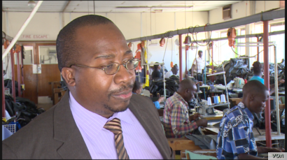 President of the Confederation of Zimbabwe Industries, Sifelani Jabangwe, says if any companies are holding back goods, it is because they know getting resupplied will be impossible, Harare, Oct. 29, 2018.