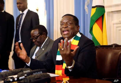 Zimbabwean President elect Emmerson Mnangagwa addresses a press conference in Harare, Aug, 3, 2018.
