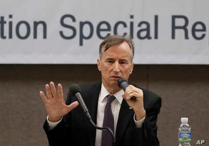 Eugene Bell Foundation Chairman Stephen Linton speaks during a news conference in Seoul, South Korea, Nov. 16, 2018.