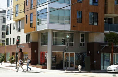 FILE — A new apartment building on Mission Street in San Francisco, one of 20 U.S. cities with the most significant increase in the number of wealthy renters.