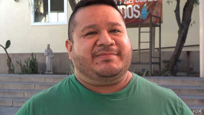 Jorge Ramirez, 39, came to the United States 20 years ago from Guatemala and hopes to make permanent his temporary immigration status. (M. O'Sullivan/VOA)
