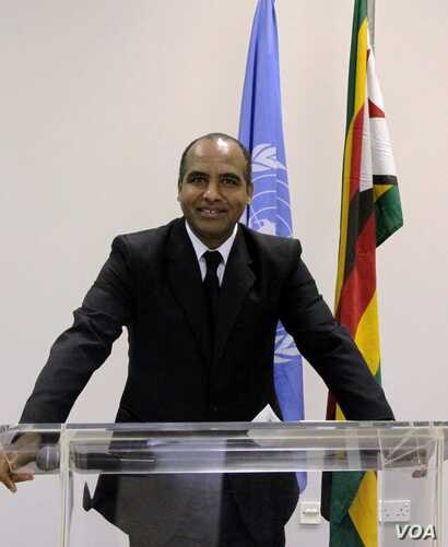 Sirak Gebrehiwot, United Nations spokesperson in Zimbabwe, says his organization has deployed three emergency situations specialists to access the situation. (C. Mavhunga/ VOA)