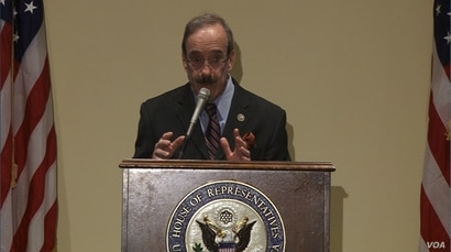 Democratic Congressman Eliot Engel addresses members of the Organization of Iranian-American Communities (OIAC), an Iranian opposition group, at the Rayburn House Office Building in Washington, Jan. 24, 2017.