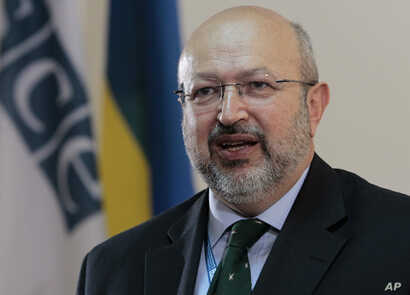 """FILE - OSCE Secretary General Lamberto Zannier says the Ukraine cease-fire """"has being holding for more than 10 days,"""" which is yielding the opportunity """"to make progress at a political level."""""""