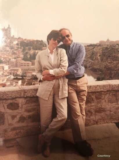 Leslie and Judy Gelb are seen during a trip to Spain in the early 1990s. (Courtesy - Gelb family)