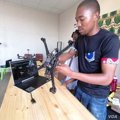 Thumbiko Nkwawa Zingwe, a student at the newly-launched African Drone and Data Academy, says the course he has taken there has insipred him to start a space agency in Malawi. (Lameck Masina/VOA)