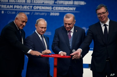 Turkey's President Recep Tayyip Erdogan, 2nd right and Russia's President Vladimir Putin, 2nd left, along with Serbia's…