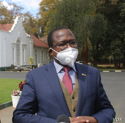 Mthuli Ncube, Zimbabwe finance minister says the government is aware that informal traders are being affected by the lockdown which was imposed in late March to contain the coronavirus pandemic. (Columbus Mavhunga/VOA)