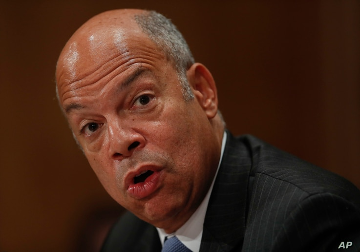 Homeland Secretary Jeh Johnson testifies on Capitol Hill in Washington, Sept. 27, 2016, before the Senate Homeland Security and Governmental Affairs Committee hearing on on terror threats.