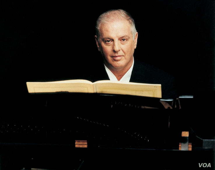 Argentine-Israeli conductor and pianist Daniel Barenboim co-founded the orchestra in 1999. (Credit: Sheila Rock)