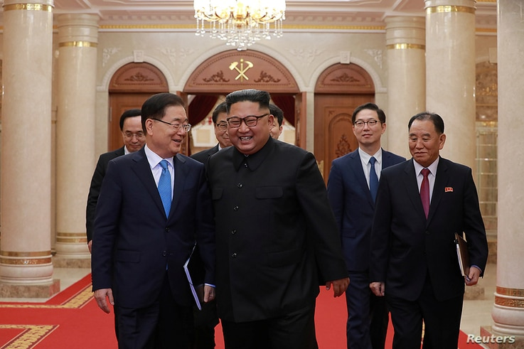 Chief of the national security office at Seoul's presidential Blue House Chung Eui-yong meets with North Korean leader Kim Jong Un in Pyongyang, North Korea, Sept. 5, 2018.