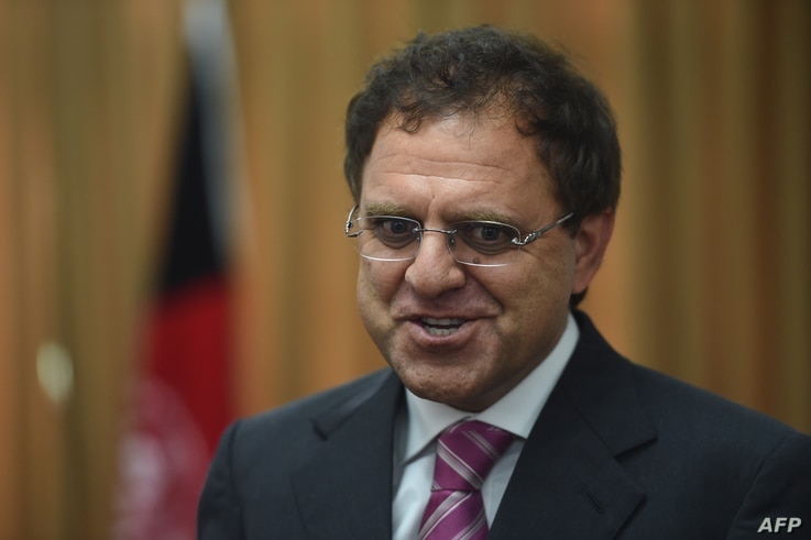 Afghan Ambassador to Pakistan Omar Zakhilwal addresses media representatives in Islamabad on May 10, 2016.