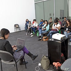 Oyuki Matsumoto holds a GeekGirlMeetup session in  Mexico in November, 2011
